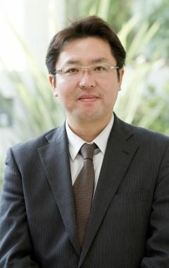 専務取締役 鈴木 寿裕