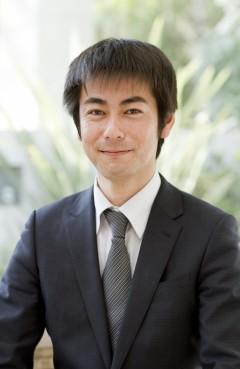 取締役部長 尾形 勝也